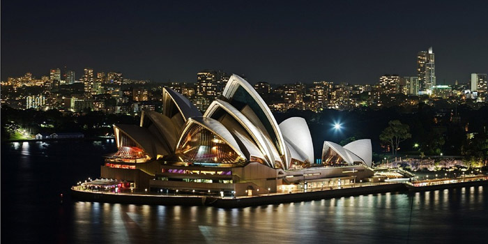 India continues to be the major source of immigrants to Australia